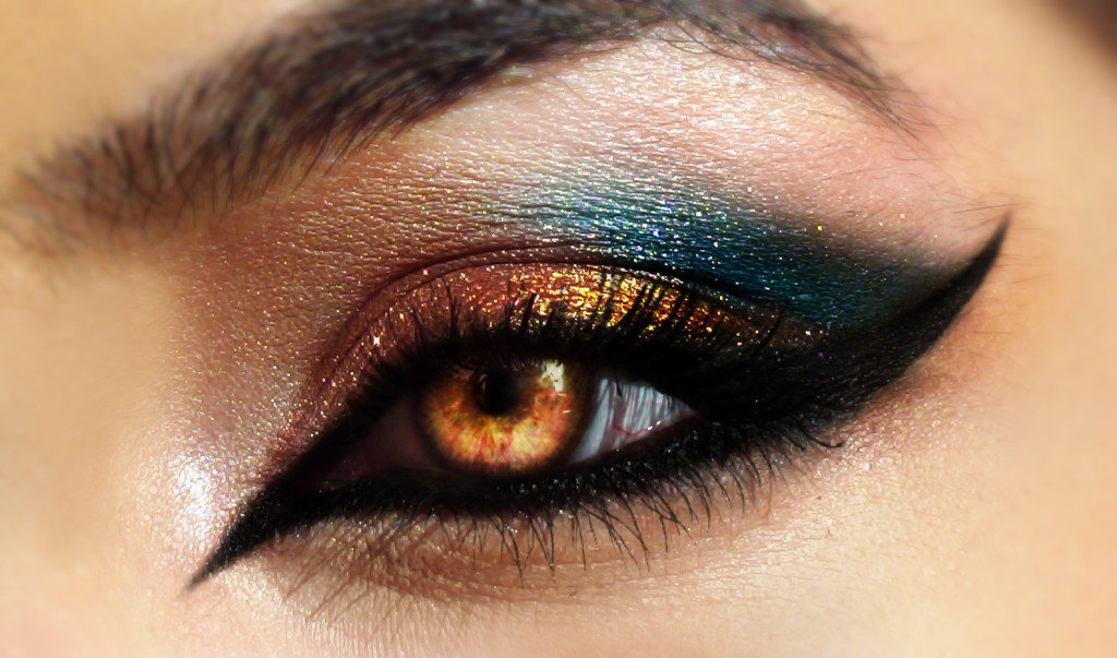 Tips In Applying Eye Makeup Thailand Best Selling Products