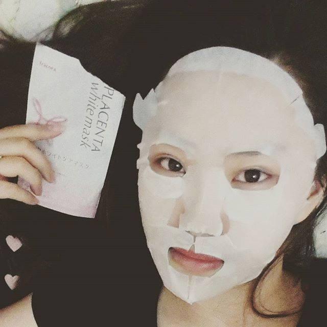 Fracora Placenta White Mask